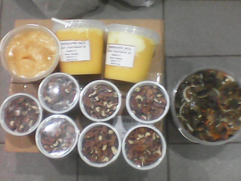 Мёд, орехи, салат синенькие