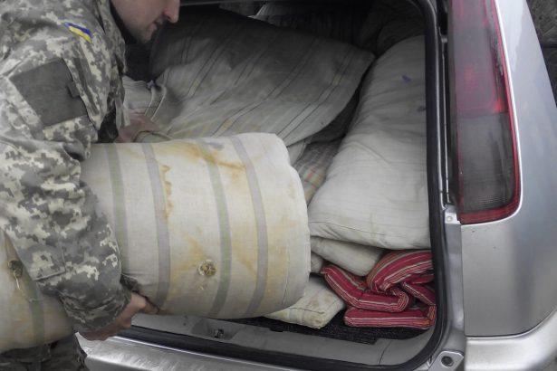 Волонтери допомогають прикордонникам та бійцям 25 бригади. (ВІДЕО)