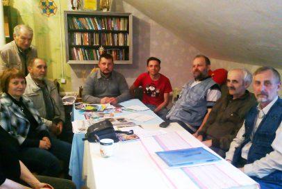Волонтери зустрілися з представником УГКЦ