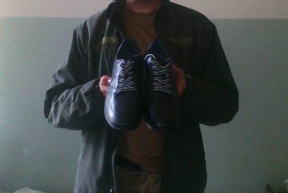 Велике взуття для великого бійця