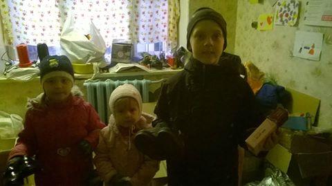 """Біля 30 родин отримали допомогу на складі """"Бахмута Українського"""""""