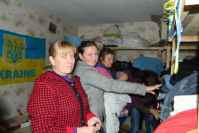 """Понад п'ятдесят людей отримали допомогу на складі """"Бахмута Українського"""""""