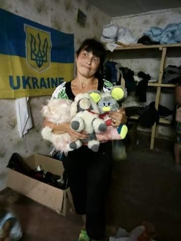 """Двадцять родин отримали допомогу на складі """"Бахмута Українського"""""""